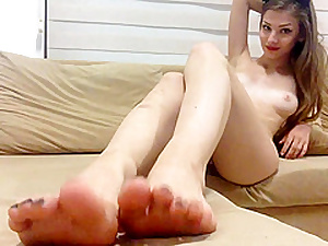 Innocent Teen Shows Hands And Her Beautiful Shaved Pussy