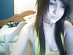 Hot Emo Teen Masturbate on Cam