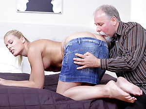 After getting her pussy licked it is only barely satisfactory she suck on this old guy's cock!