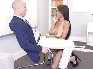 Sean Lawless fucks Brittney Pallid doggy