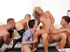 Assfucking boys slamming poons in groupsex