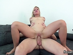 GERMAN SCOUT - Lure Super-hot Teenie GABI GOLD TO Penetrate AT CASTING