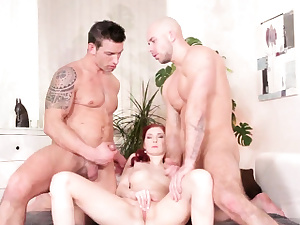 Nasty mmf dick fellate and anal invasion threesome