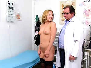 Sizzling doc gaping and cumshot
